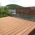 エコ・安心なやさしい木材のウッドデッキ
